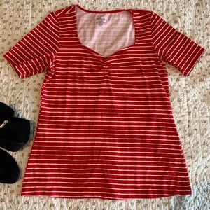 Torrid NWOT red stripped foxy tshirt